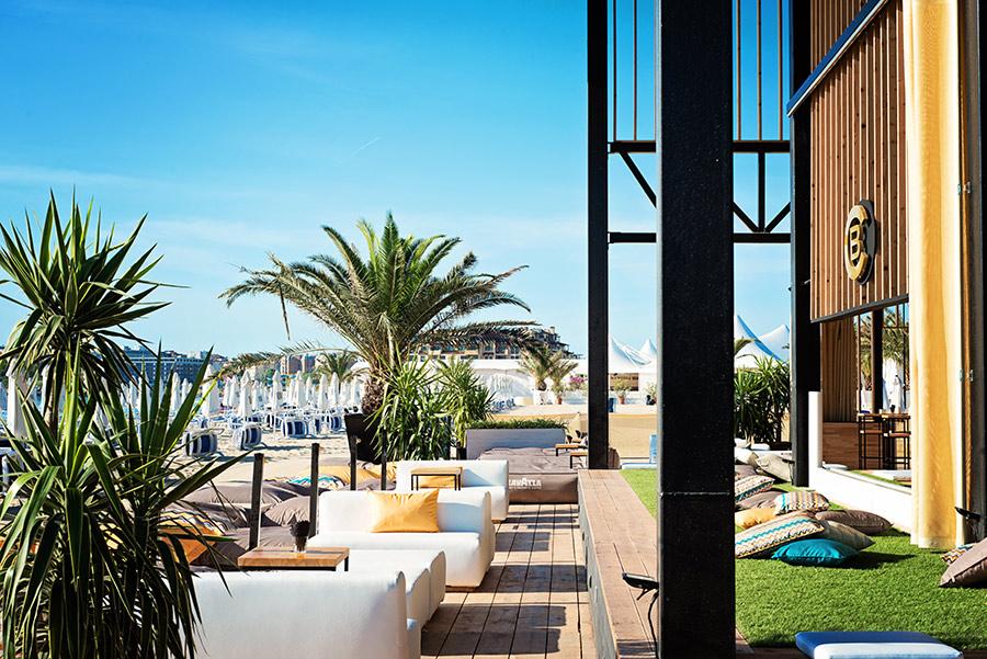 Bedroom Beach Club Bulgaria